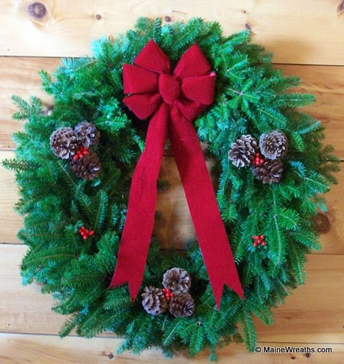 28 Balsam Fir Traditional Wreath Just Like Our Most Popular Shown Above But Its A Full Instead Of 24 Looking For An Especially Large